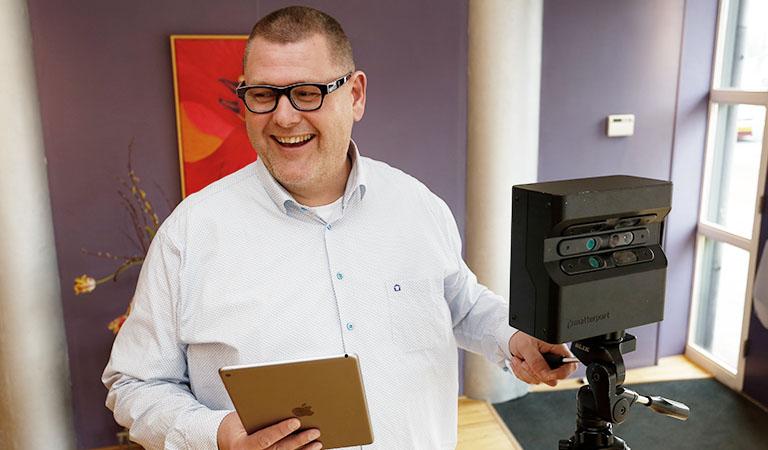 'Laat je niet meeslepen bij online bieden', tipt makelaar Jacco van der Houwen